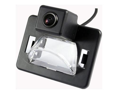 Камера заднего вида для Mazda 5 до 2010 г.в.